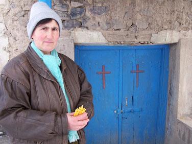 arzni_women_church